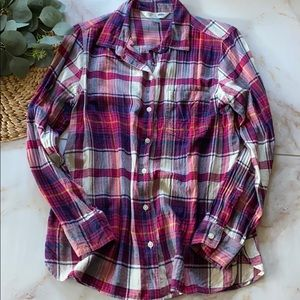 EUC - Old Navy button down flannel - Size L